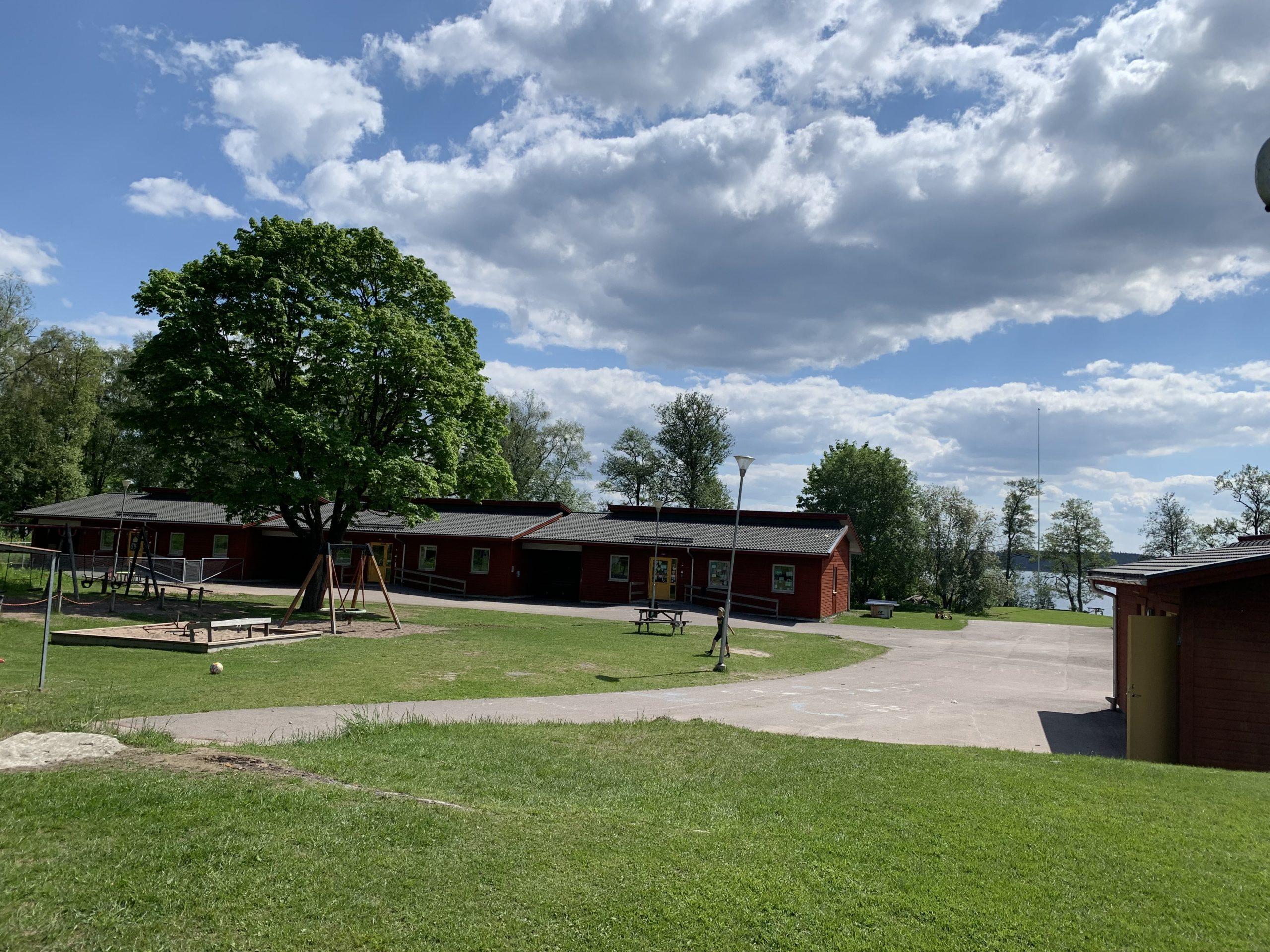 skolbyggnad persberg
